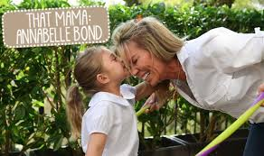 annabelle bond and daughter pic