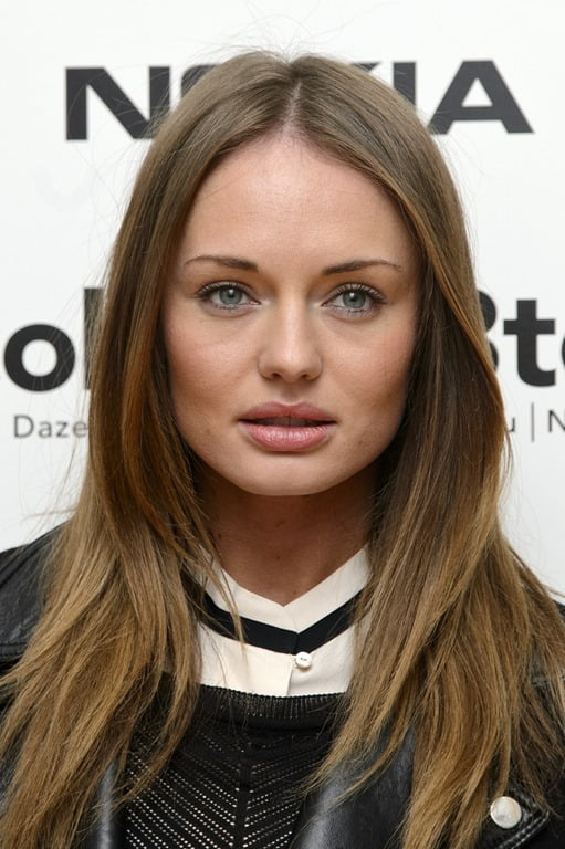 PHOTOS Laura Haddock Laura Clafin Hunger Games Actor Sam Claflins Wife Bio Wiki