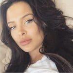 Mara_Teigen_angelina_Jolie-image