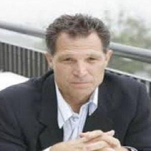 Michael Cummings